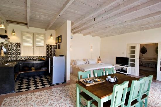 Villa Pondok Terra Yogyakarta: Living room of the Silver villa: spacy and comfortable