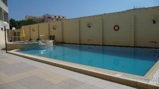 Mavina Holiday Complex: Pool