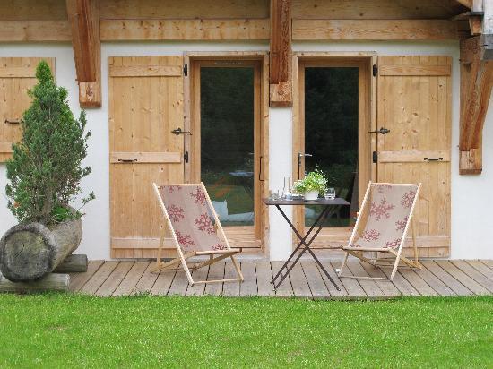 Relais & Chateaux Flocons de Sel : terrasse chambre 2