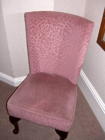 Acres Dene Guest House: chair