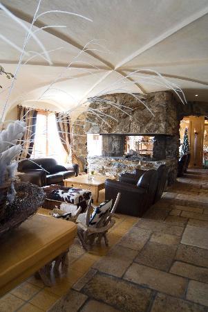 Hostellerie Du Pas De L'Ours : Lobby