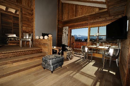 Hostellerie Du Pas De L'Ours : Suite Chalet