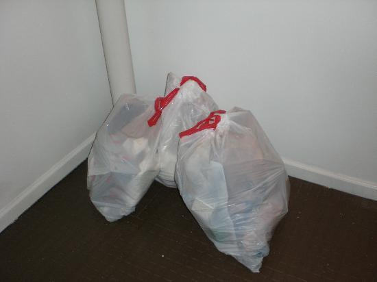 Homewood Suites by Hilton Columbus / Worthington : this grew to 8 smelly bags in 4 days