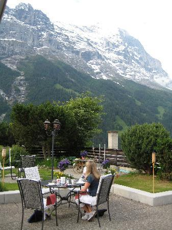 Hotel Spinne: breakfast on terrace