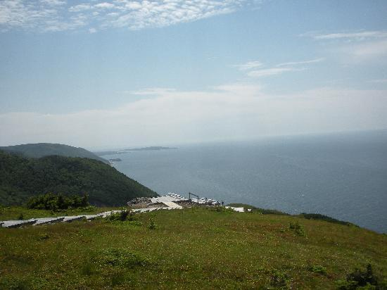 Cabot Trail Hostel: Boardwalk at end of Skyline Hiking Trail