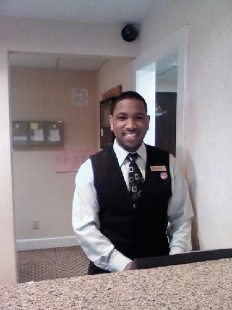 Homewood Suites by Hilton Chattanooga/Hamilton Place: MYRON DESK CLERK