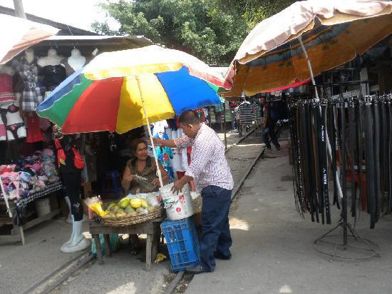 Gran Hotel Sula: market