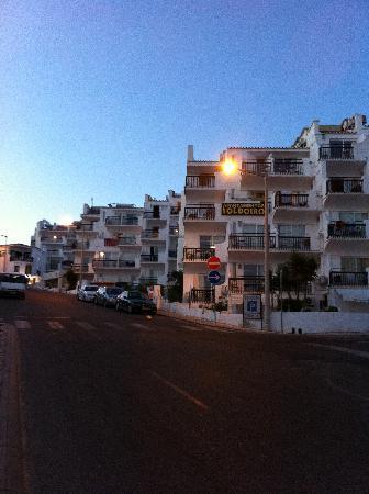 Apartamentos Soldoiro : Apartments from street