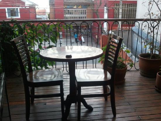Ekoa Café : Outdoor seating