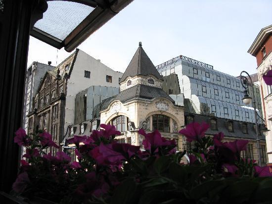 ลอดซ์, โปแลนด์: 97 Piotrkowska Street