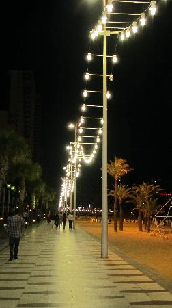 Mont Park: PROMENADE AT NIGHT