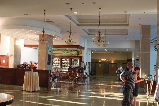 Melia Grand Hermitage: Loby/ Cafe Roma