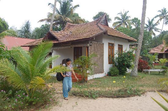 Ananda Beach Home: Our cottage