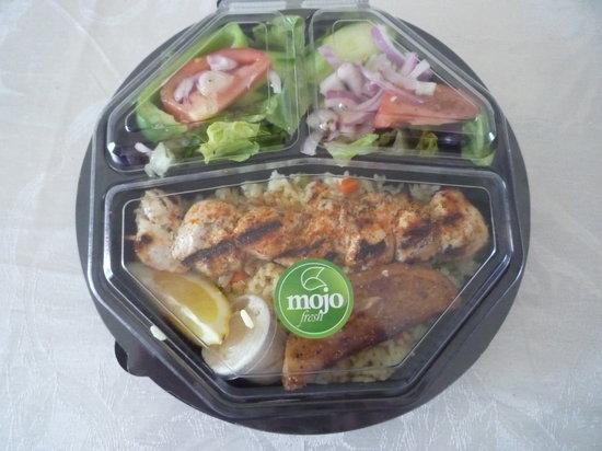 Mojo Fresh : chicken souvlaki platter