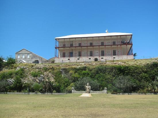 Royal Naval Dockyard: Commissioner's House