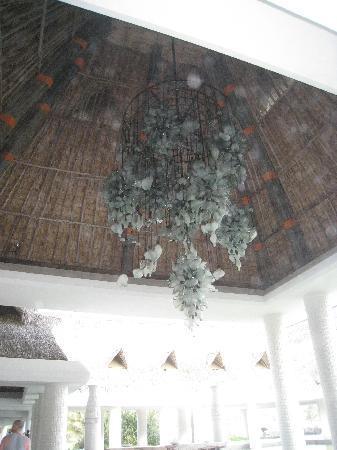 The Grand Mayan at Vidanta Acapulco: beautiful decorations