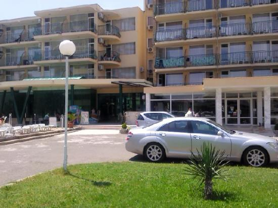 Arda Hotel: front of hotel