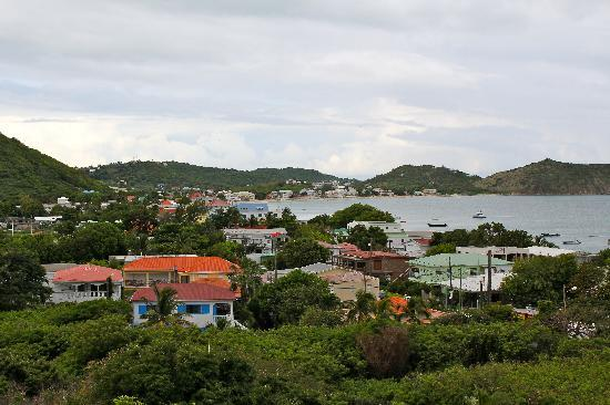 Hotel L'Esplanade: View of Grand Case
