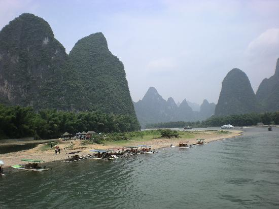 Yangshuo, China: Guardate la banconota da 20 RMB!