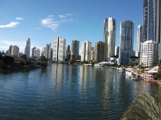 panorama towers surfers paradise reviews