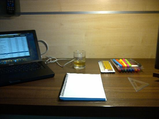 Holiday Inn Express Walsall: Ample working space