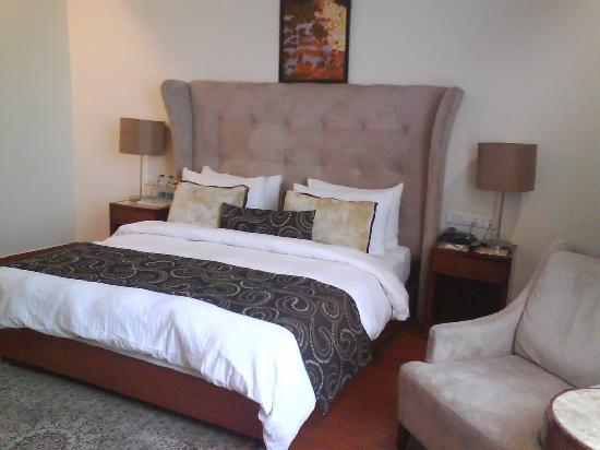 HK Clarks Inn : Comfy Bed