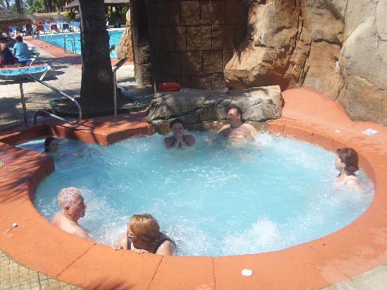 Playadulce Hotel: El jacuzzi