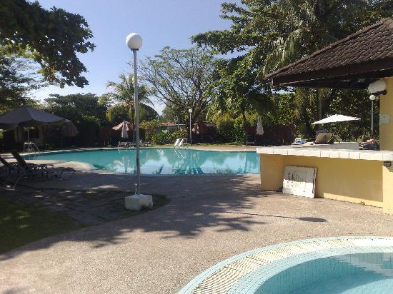 Beringgis Beach Resort: tranquil pool 1