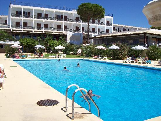 Irinna Hotel: Swimming Pool!
