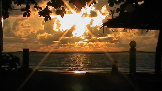 Beringgis Beach Resort: another great sunset
