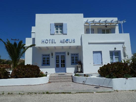 Hotel Aeolis : La façade de l'hôtel