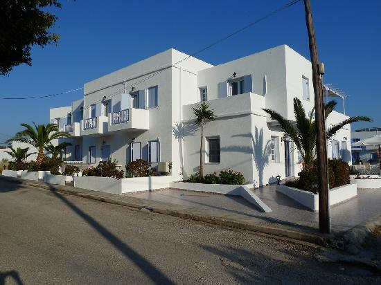 Hotel Aeolis: Le pignon de l'hôtel
