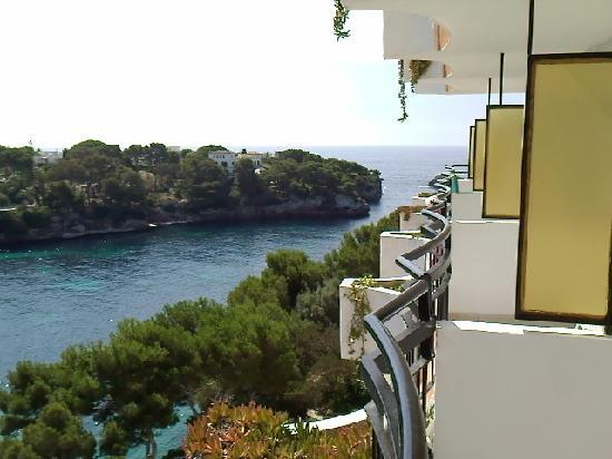 Hotel Cala Ferrera : Room view looking out to sea