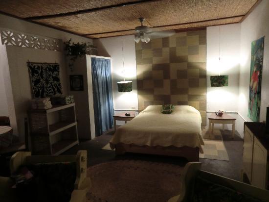 Mimi's Guest House: NOTRE CHAMBRE
