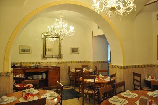 圣劳伦撒玛利亚酒店