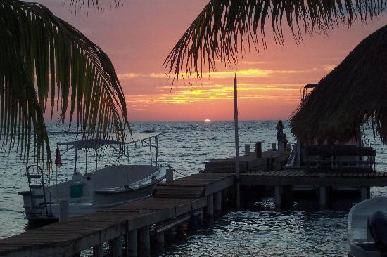 Roatan, Honduras : Sunsets here-extraordinary event to witness.  Pure Vida and tranquility. Beauty beyond compare.