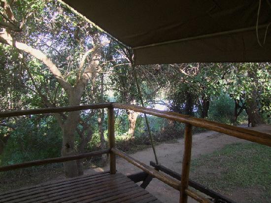 Kwa Nokeng Lodge: Balcony overlooking Limpopo river.