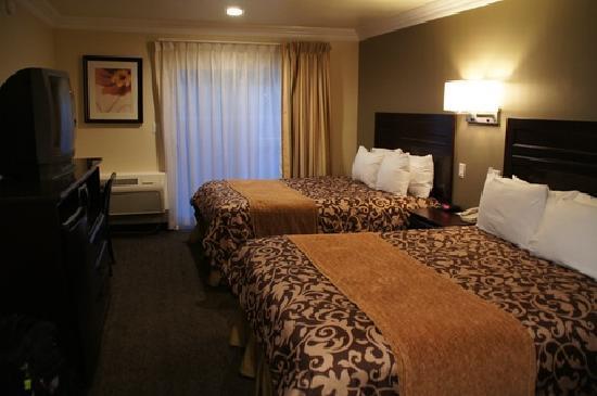 BEST WESTERN Woodland Hills Inn: Zimmer