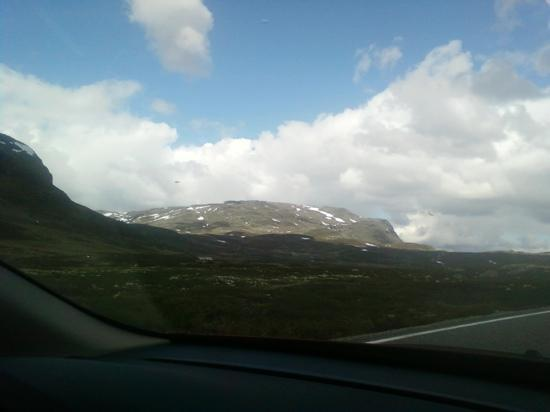 Hotel Ullensvang: drive around norway