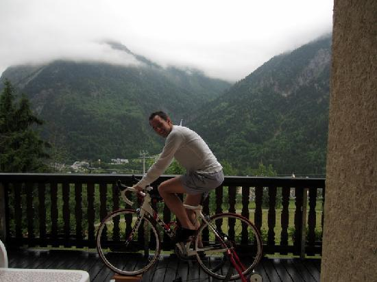 Chalet Michelle : Bryan helping me out with adjusting my new clips / cleats. Could think of worse places to do thi