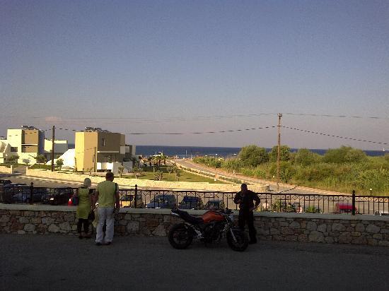Atlantica Mikri Poli Rhodes: esterno