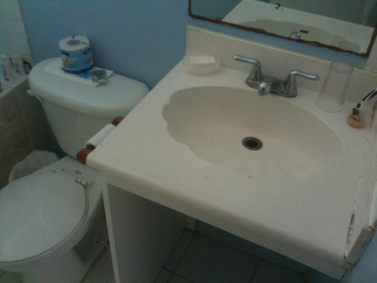 Meridian Inn: banheiro