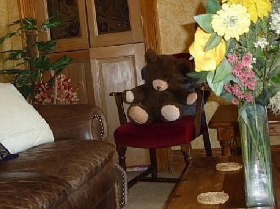 Glendale Guest House : more teddies