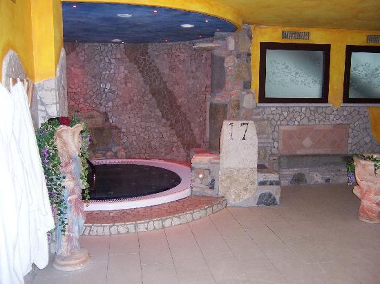 Monte Terminillo, Włochy: spa: vasca idromassaggio