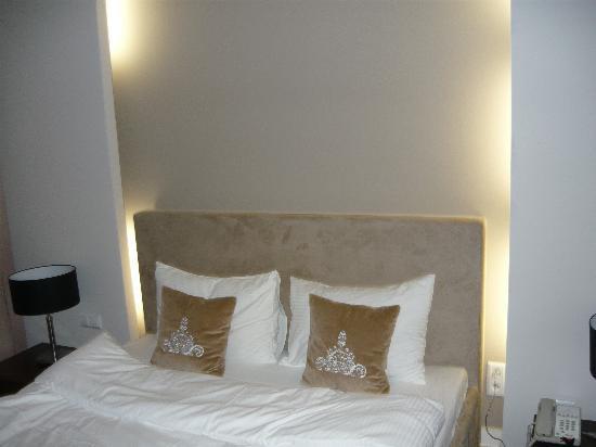Platinum Residence: bedroom