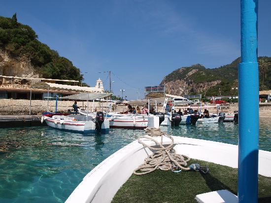 Grotto Boat Tour: boat trip