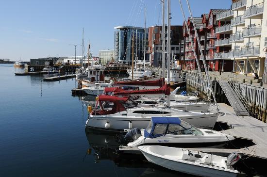 Thon Hotel Lofoten: Hafen von Svolvaer