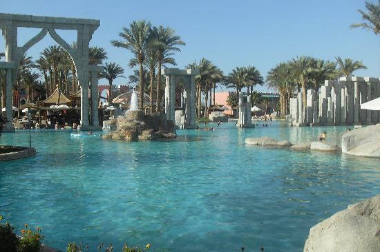 lti Tropicana Grand Azure : big pool