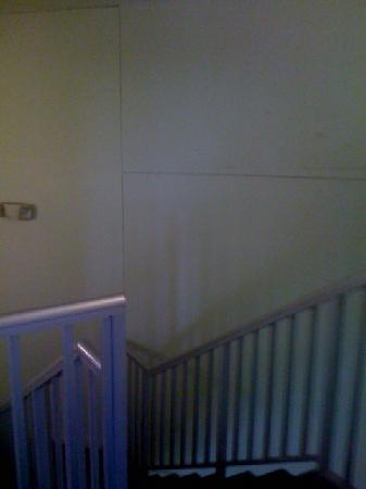 Holiday Inn Resort Orlando-Lake Buena Vista: scary staircase