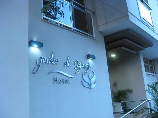Hotel Jardín de Iguazú: Outside